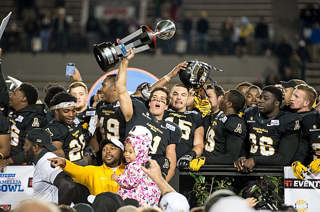 Raycom Media Camellia Bowl - Appalachian State v Ohio
