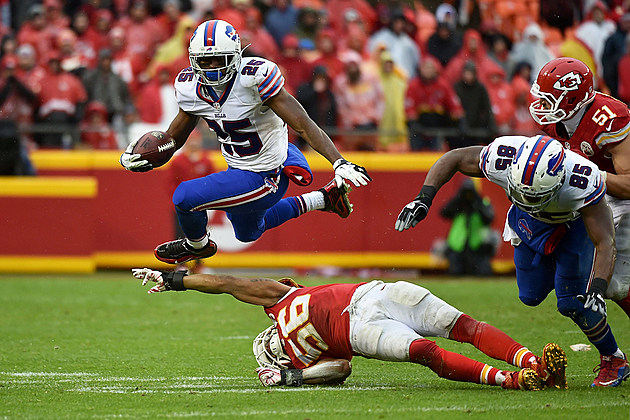 Buffalo Bills v Kansas City Chiefs