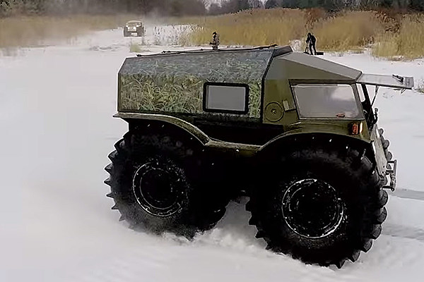russia 39 s sherp atv is a monster truck that 39 s a truck monster. Black Bedroom Furniture Sets. Home Design Ideas