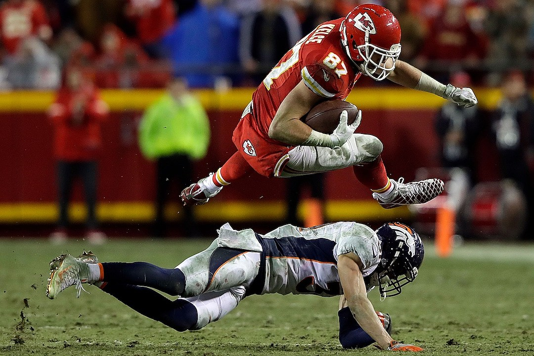 Christmas Day NFL Recap: Chiefs & Steelers Clinch Playoff Spots