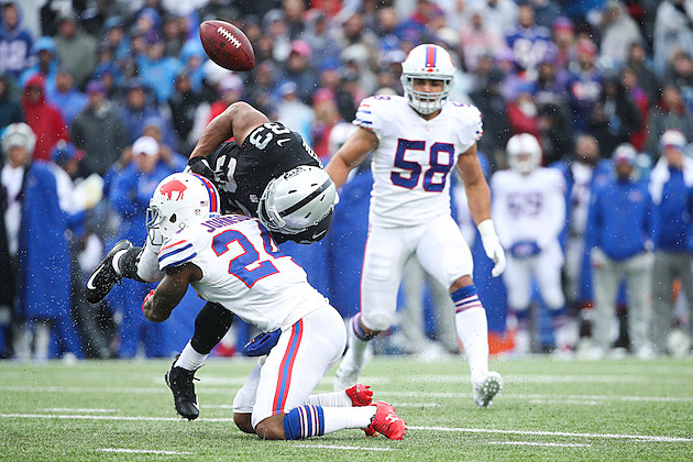 Oakland Raiders v Buffalo Bills